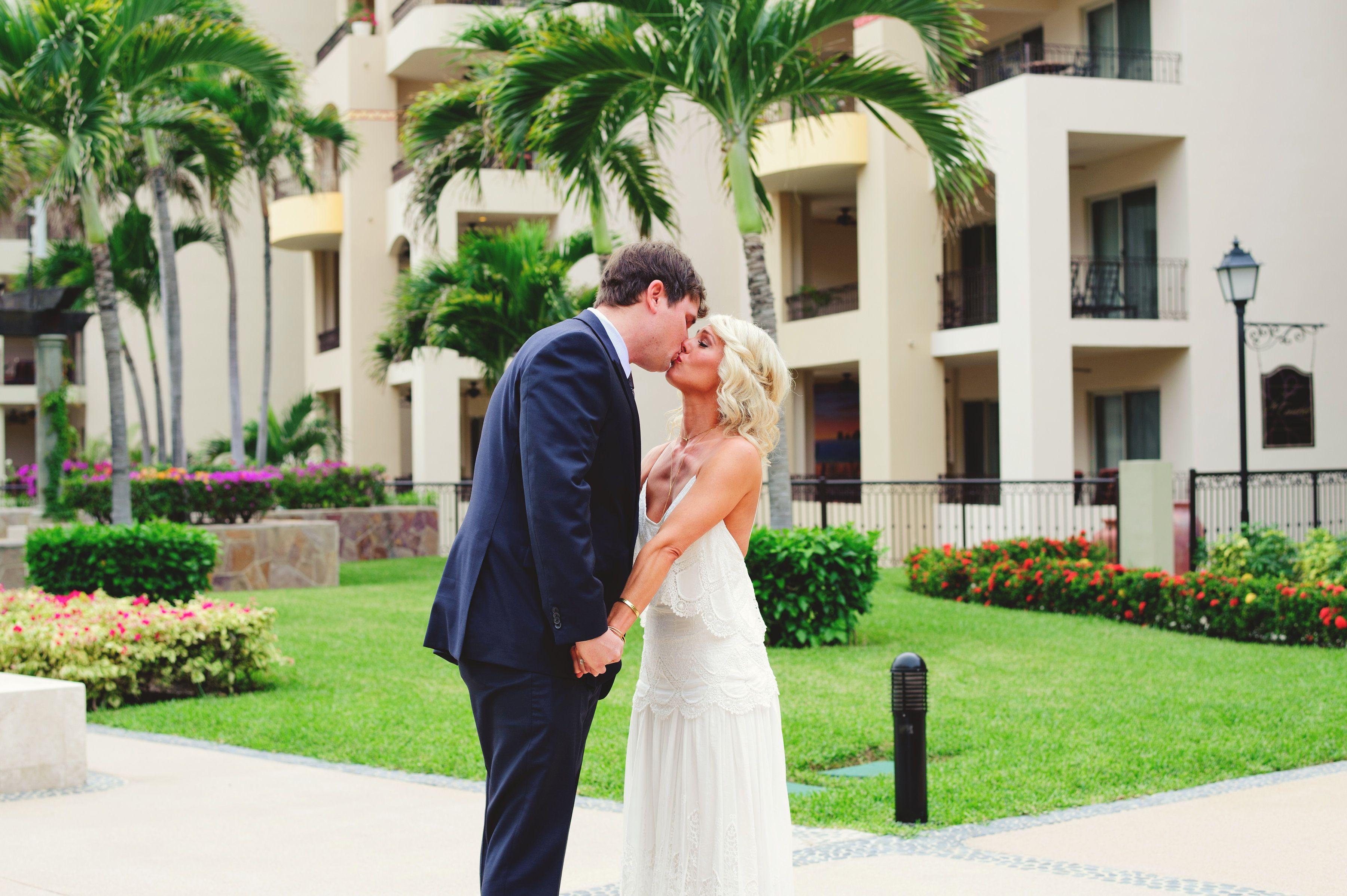 Bride and groom doing First look at Villa la Estancia
