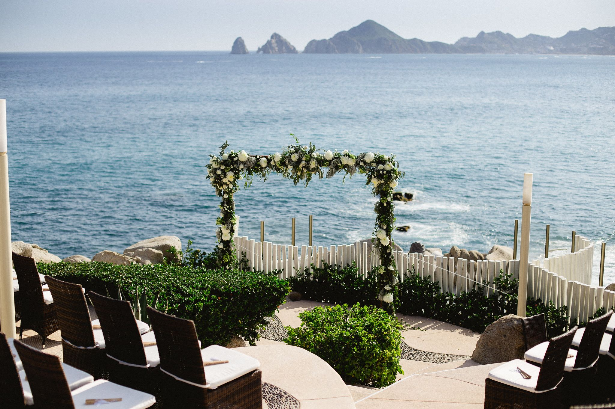 Wedding Ceremony design by Cabo Wedding Services at Sunset da Mona Lisa in Cabo San Lucas, Mexico
