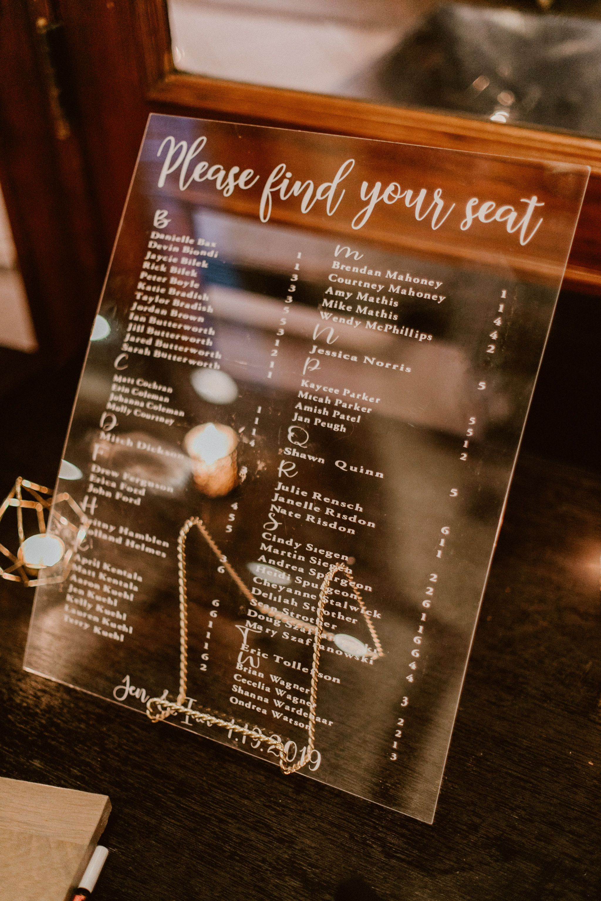 Guest signing chart for guests to find their seats. Wedding venue at Cabo del Sol. Wedding Planning by Cabo Wedding Services.