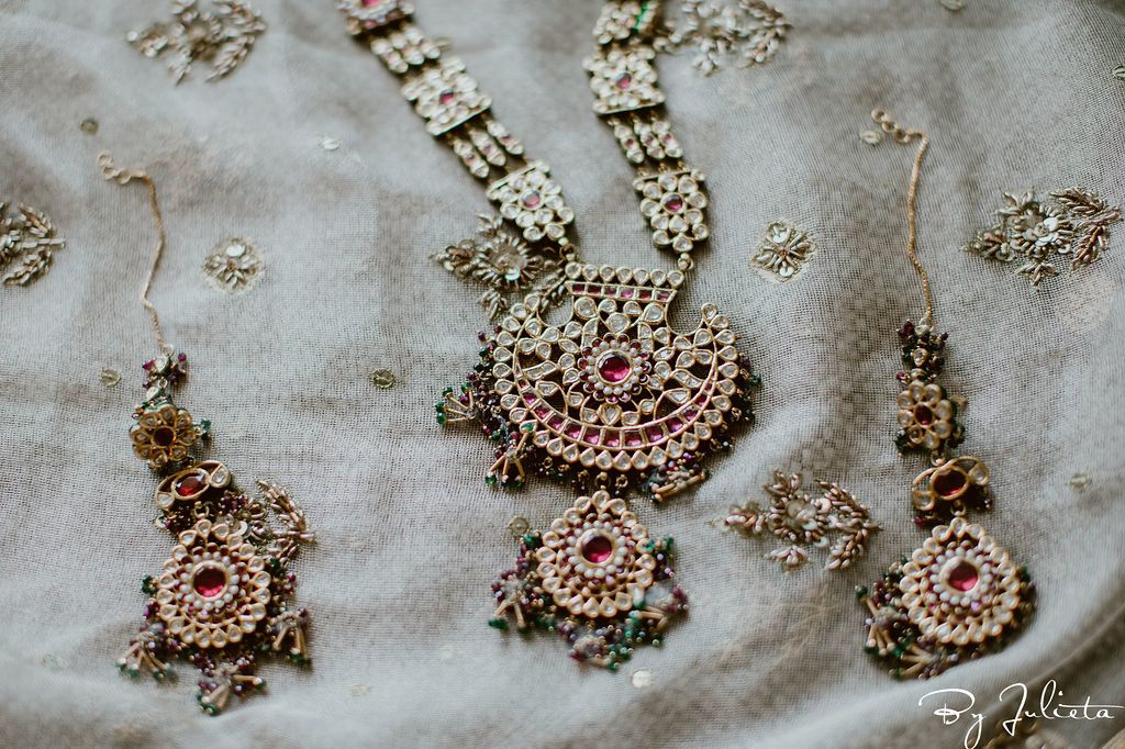 Details of the Brides Indian Wedding Dress in Los Cabos Mexico.