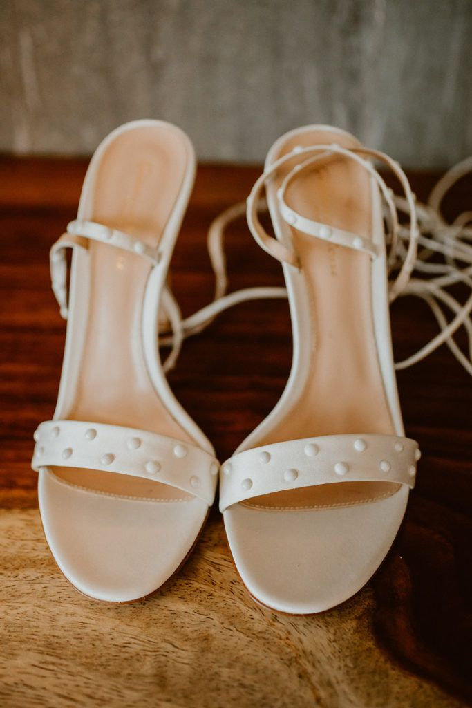 Schutz did the trick when my Bride, Alexa, was looking for the perfect shoes to fit her style. They were super simple, classy and elegant.