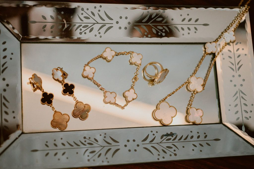 Beautiful jewelry made by a local designed that Alexa, my bride decided to use for her wedding day that took place at Solaz in Los Cabos, Mexico.